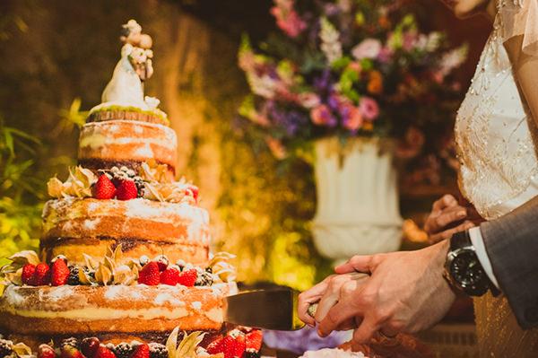 casamento-campo-marina-lomar-vestido-de-noiva-rosa-clara-voilette-graciella-starling-naked-cake-casal-garcia-18