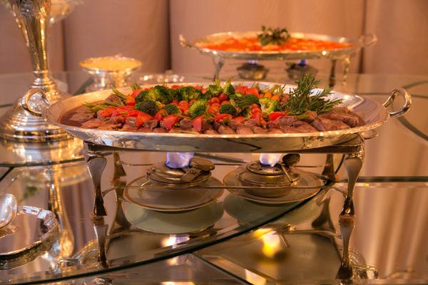 jantar-book-festas-5-casa-petra-decoracao-1-18-project-moveis-100-eventos-flores-andre-pedrotti-buffet-julio-perinetto-09