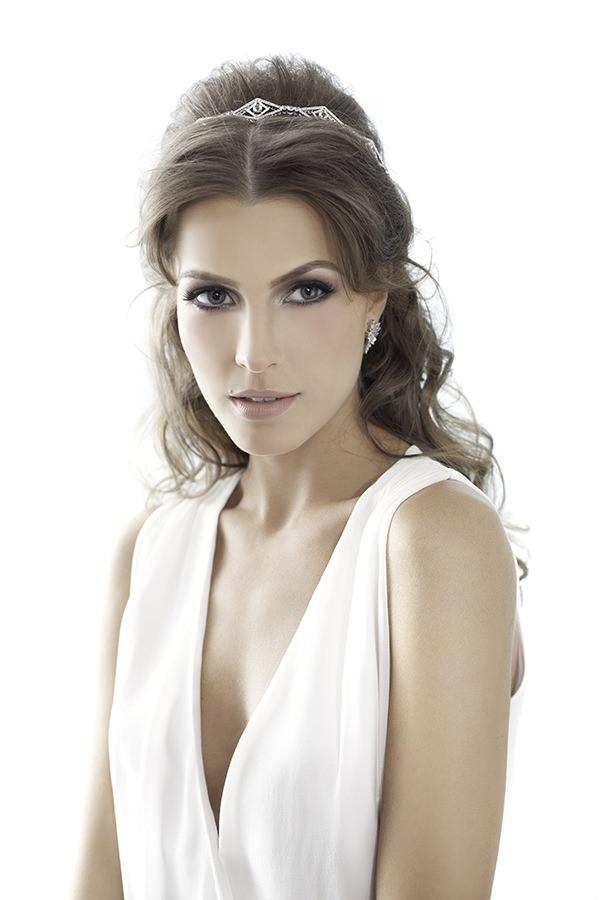 Acessorios-para-noivas-Carol-Bassi-fotos-Vladi-Fernandes-modelo-Jessica-Alanaw-maquiador-salao-Celso-Kamura-3