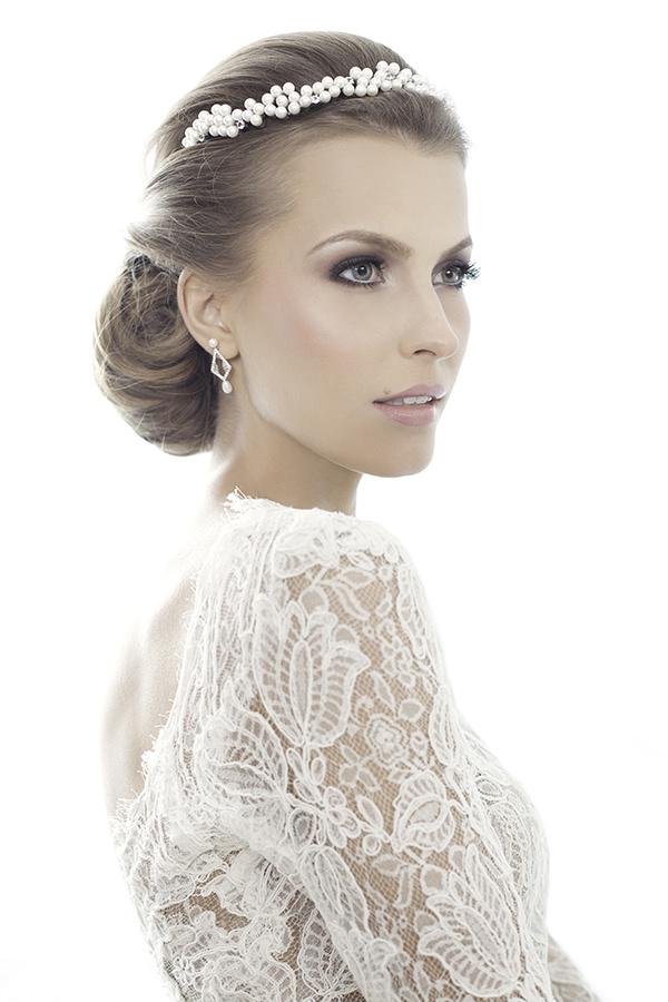 Acessorios-para-noivas-Carol-Bassi-fotos-Vladi-Fernandes-modelo-Jessica-Alanaw-maquiador-salao-Celso-Kamura-7