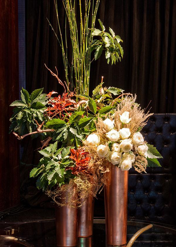 arranjo-flores-monica-rezende-revista-constance-zahn-casamentos-festa
