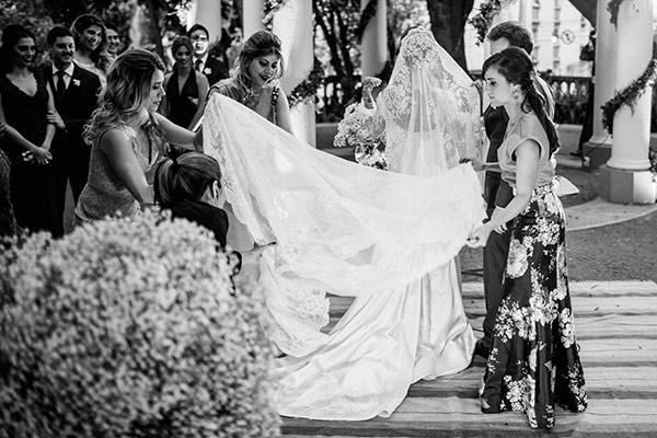 casamento-assessoria-toda-de-branco-vestido-de-noiva-whitehall-entrada-noiva