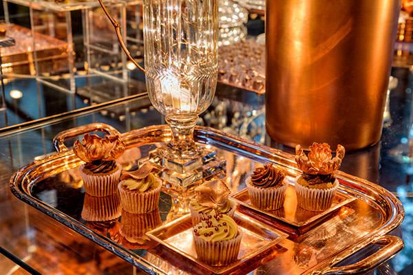 festa-lancamento-revista-constance-zahn-casa-fasano-decoracao-clarissa-rezende-cupcakes-the-king-cake
