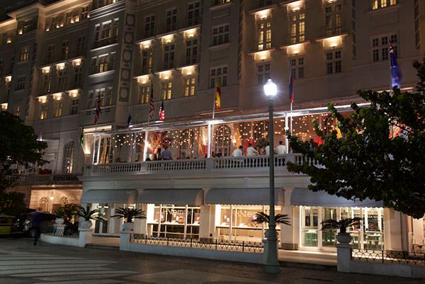 hotel-copacabana-palace-varanda-festa-lancamento-revista-constance-zahn-casamentos