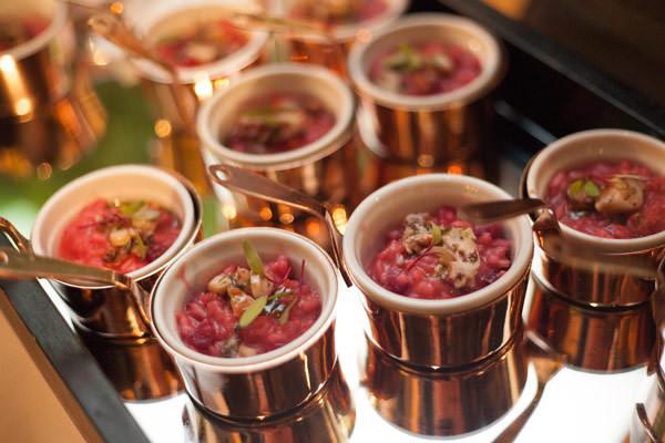 menu-degustacao-casamento-buffet-vivi-barros-risoto-de-beterraba-com-polvo-e-pesto-rustico