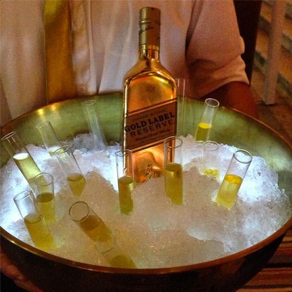 whisky-gold-label-reserve-constance-zahn-casamentos