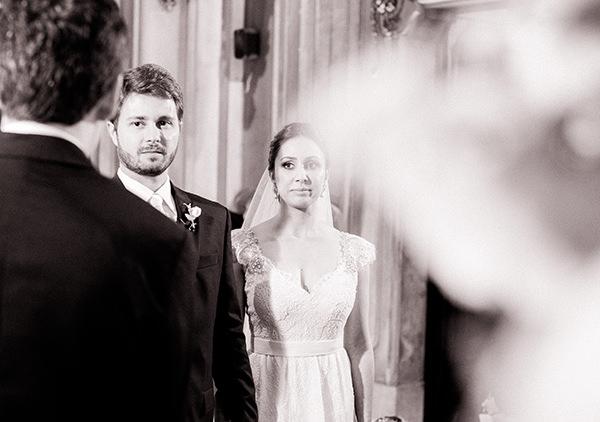 casamento-livia-abrao-rio-de-janeiro-vestido-noiva-mariana-kuenerz-04