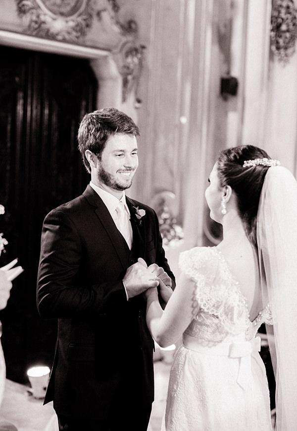casamento-livia-abrao-rio-de-janeiro-vestido-noiva-mariana-kuenerz-05