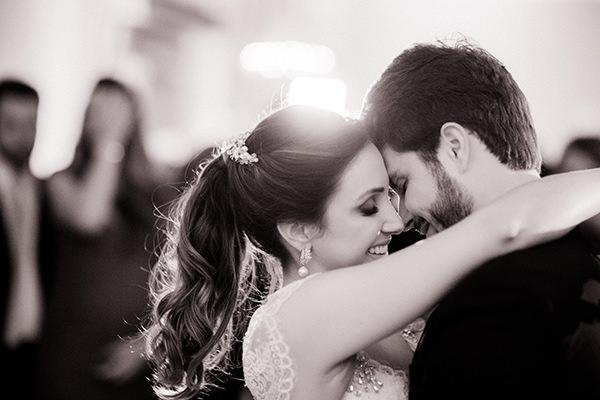 casamento-livia-abrao-rio-de-janeiro-vestido-noiva-mariana-kuenerz-20