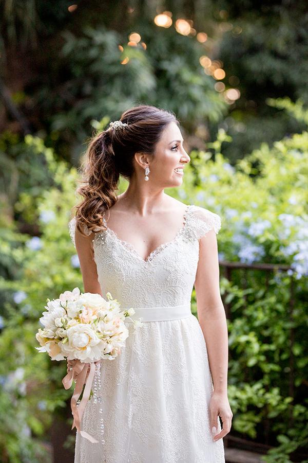 casamento-livia-abrao-rio-de-janeiro-vestido-noiva-mariana-kuenerz-22