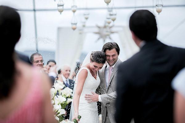 casamento-praia-juquehy-vestido-noiva-pronovias-decoracao-flor-forma-fotos-Mel-e-Cleber-10