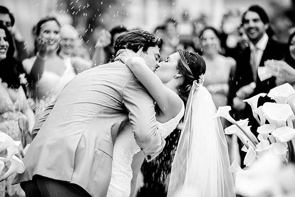 casamento-praia-juquehy-vestido-noiva-pronovias-decoracao-flor-forma-fotos-Mel-e-Cleber-12