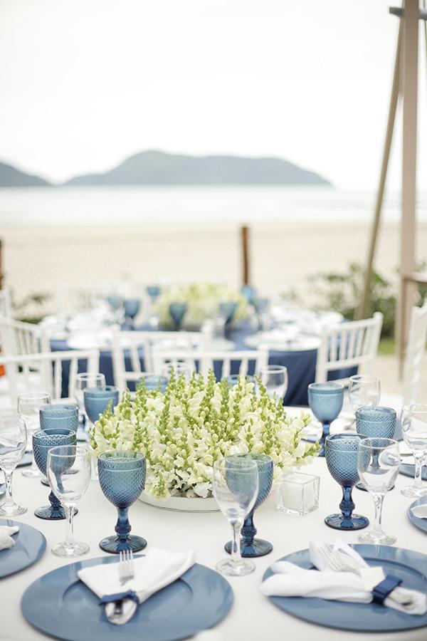 casamento-praia-juquehy-vestido-noiva-pronovias-decoracao-flor-forma-fotos-Mel-e-Cleber-17