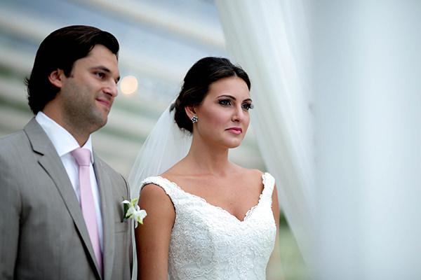 casamento-praia-juquehy-vestido-noiva-pronovias-decoracao-flor-forma-fotos-Mel-e-Cleber-5