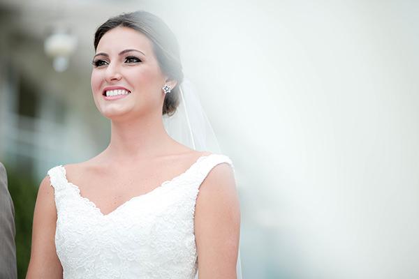 casamento-praia-juquehy-vestido-noiva-pronovias-decoracao-flor-forma-fotos-Mel-e-Cleber-6