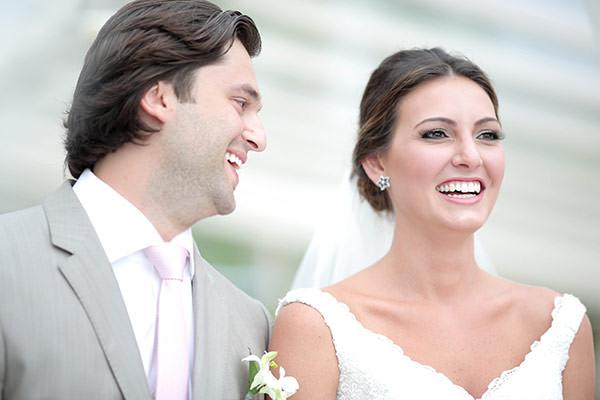 casamento-praia-juquehy-vestido-noiva-pronovias-decoracao-flor-forma-fotos-Mel-e-Cleber-7
