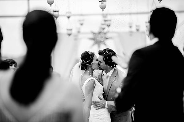 casamento-praia-juquehy-vestido-noiva-pronovias-decoracao-flor-forma-fotos-Mel-e-Cleber-9