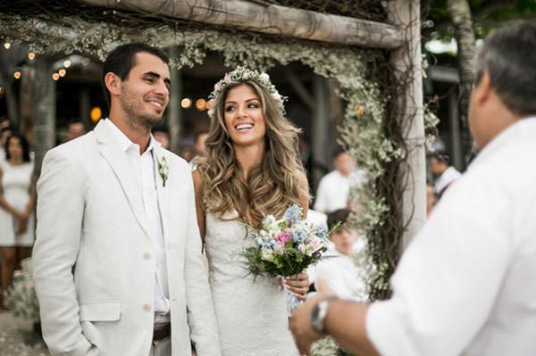 casamento-praia-vestido-de-noiva-casamarela-Marilia-e-Marcio-1