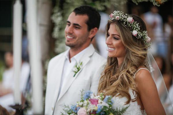 casamento-praia-vestido-de-noiva-casamarela-Marilia-e-Marcio-2
