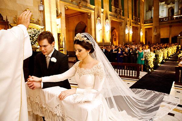 casamento-rafaela-e-renato-estudio-das-meninas-vestido-emannuelle-junqueira-9