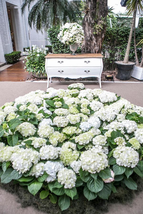 decoracao-casamento-branco-minimalista-moderno-luis-fronterotta-disegno-ambientes-08