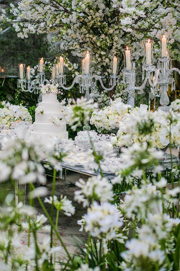 mesa-de-doces-casamento-branco-decoracao-luis-fronterotta