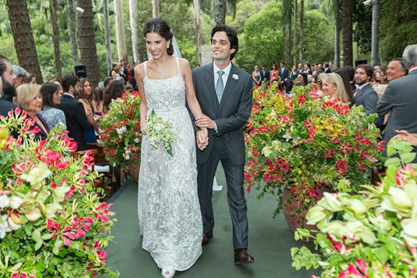 casamento-fazenda-vila-rica-vestido-de-noiva-elie-saab-11