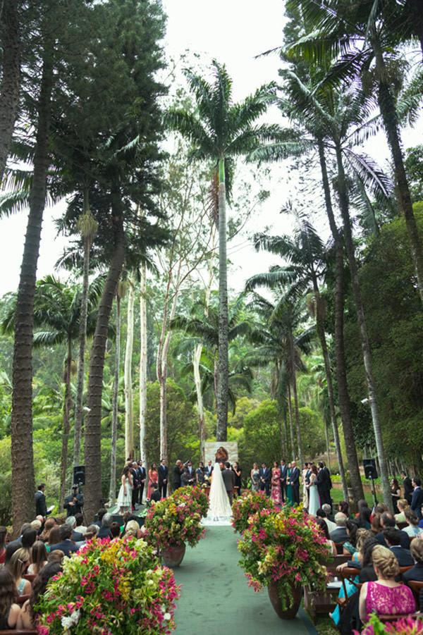 casamento-fazenda-vila-rica-vestido-de-noiva-elie-saab-7