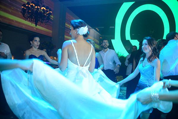Casamento-hora-do-buque-fotos-Mel-Cleber-casa-petra-decoracao-1-18-project-vestido-de-noiva-andre-betio-30
