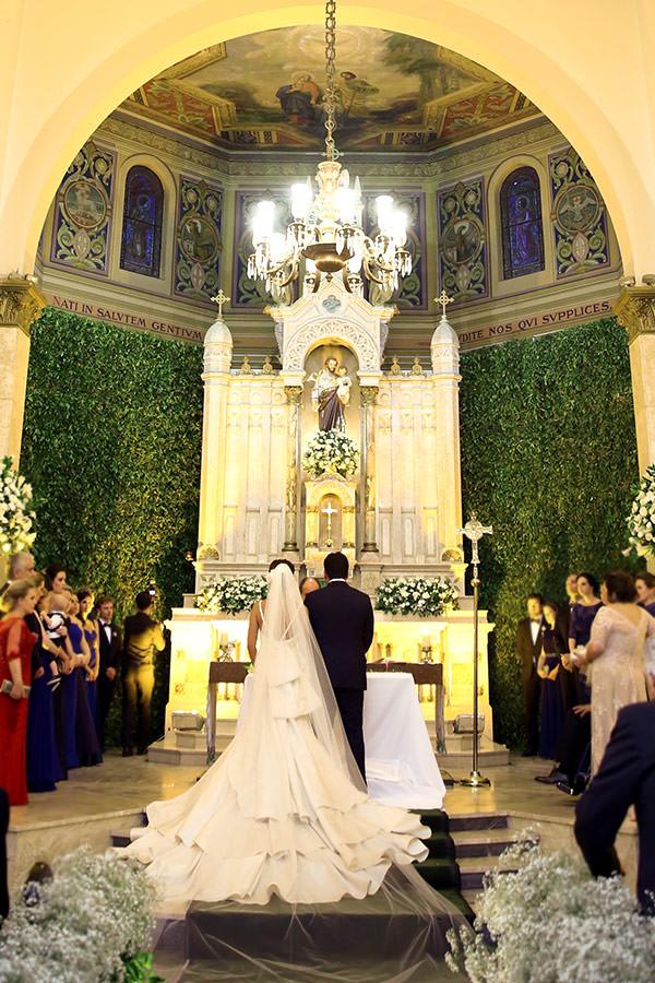 Casamento-hora-do-buque-fotos-Mel-Cleber-casa-petra-decoracao-1-18-project-vestido-de-noiva-andre-betio-6