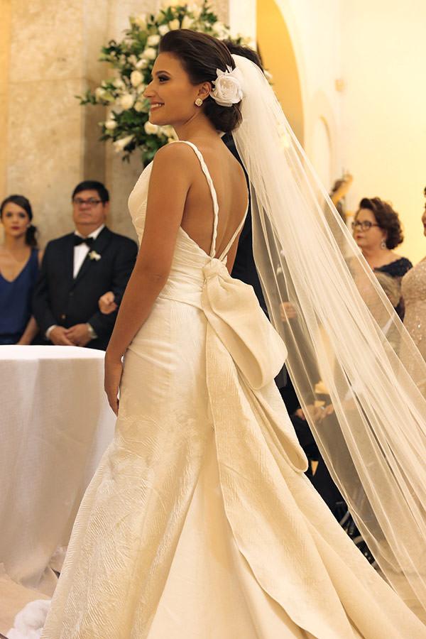 Casamento-hora-do-buque-fotos-Mel-Cleber-casa-petra-decoracao-1-18-project-vestido-de-noiva-andre-betio-8