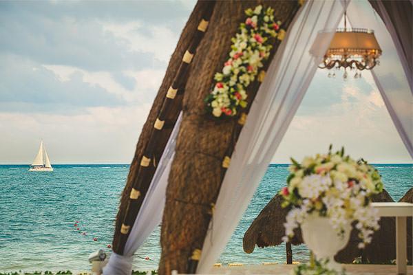 casamento-praia-riviera-maya-thaeme-e-fabio-07