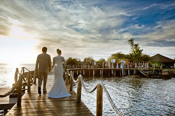 cerimonia casamento por do sol hotel ponta dos ganchos