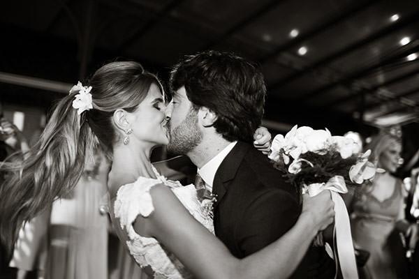 casamento-rio-de-janeiro-vestida-de-noiva-mariana-kuenerz-25