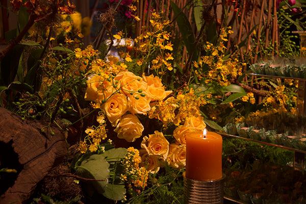 mesa-de-doces-casamento-amarelo-orquideas-2