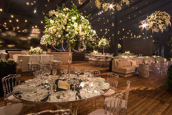 24-casamento-surpresa-sp-rebecka-e-marcelo-decoracao-verde-e-branco-lais-aguiar