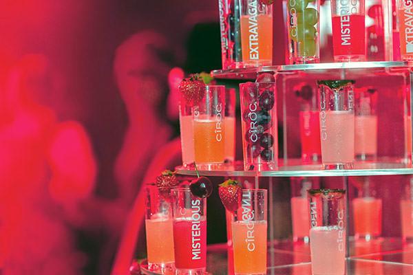 DIAGEO-drinks-diferentes-bar-casamento-torre-shots-drinks