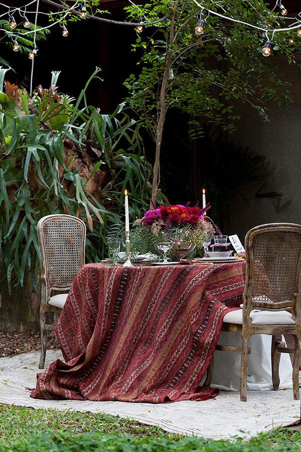 Editorial-dia-dos-namorados-buffet-vivi-barros-flores-lucia-milan-fotos-julia-ribeiro-2
