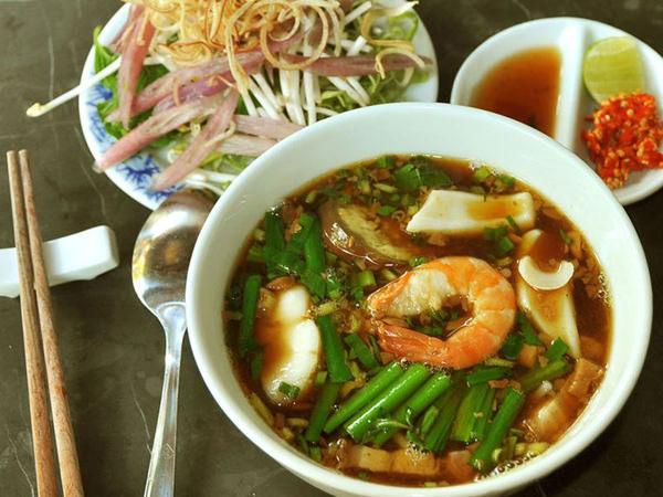 lua-de-mel-teresa-perez-Restaurante_Quan An-Ngon-138