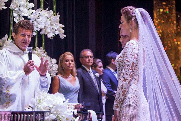 casamento-curitiba-fernanda-cassou-vestido-zuhair-murad-11