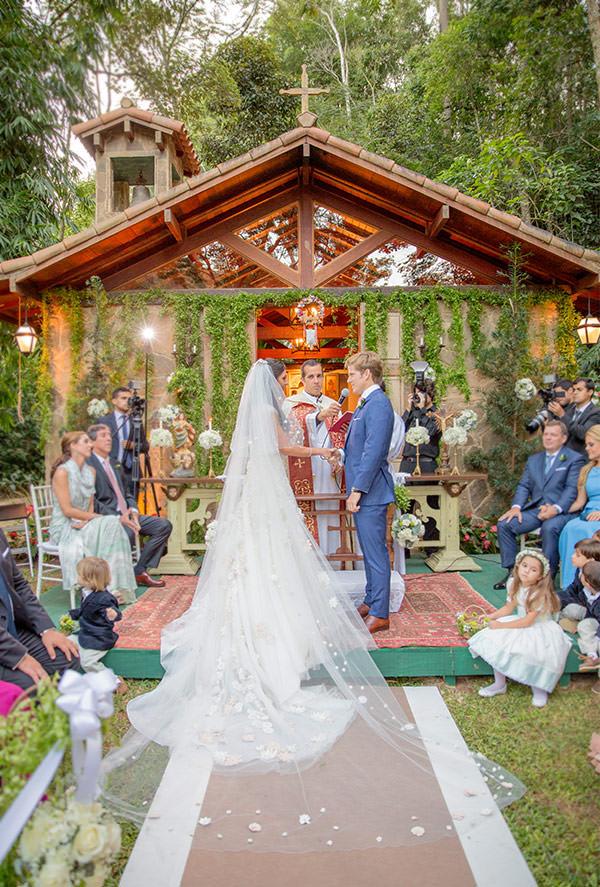casamento-rio-de-janeiro-fazenda-vestidos-noiva-martu-gjunior-06