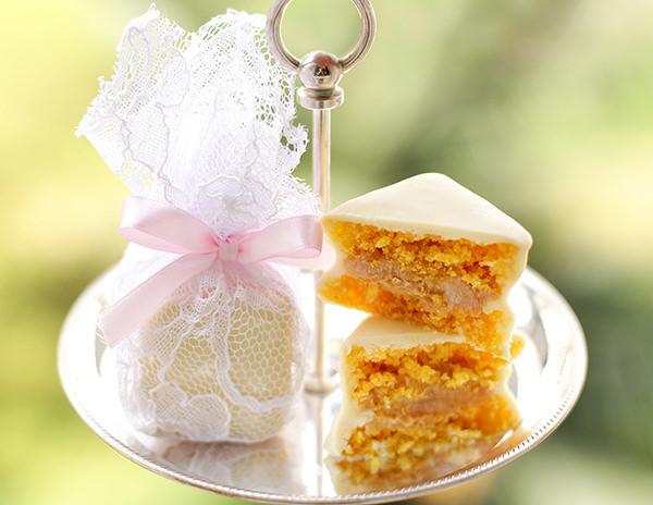 lembrancinha-de-casamento-mini-bolo-de-cenoura-danielle-andrade