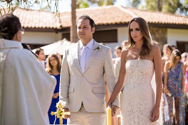 casamento-gabriela-ionescu-omar-pucci-vestido-casaamarela-9