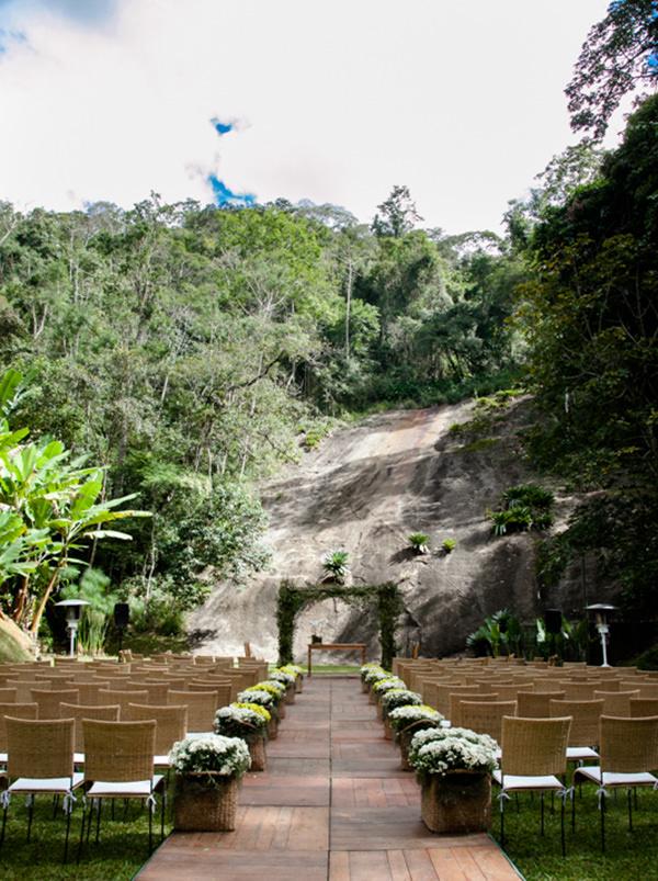 casamento-itaipava-casa-decoracao-jardim-cerimonia-02