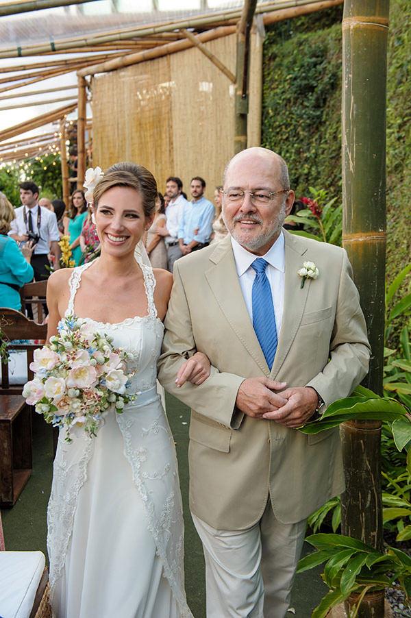 casamento-praia-papelaria-bia-coutinho-vestido-noiva-cecilia-echenique-11