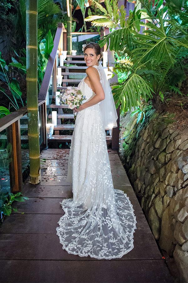 casamento-praia-papelaria-bia-coutinho-vestido-noiva-cecilia-echenique-18