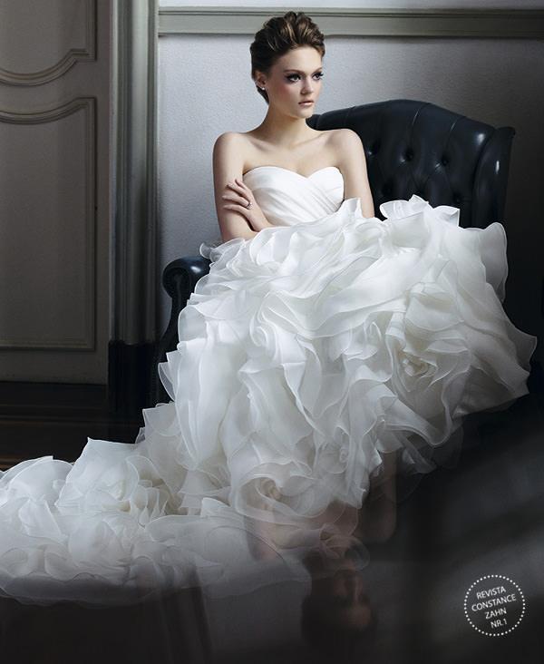 editorial-vestido-de-noiva-revista-constance-zahn-mariana-kuenerz