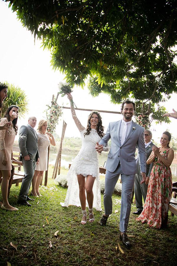 casamento-campo-ana-gaquelin-vestido-noiva-carol-coelho-11-1