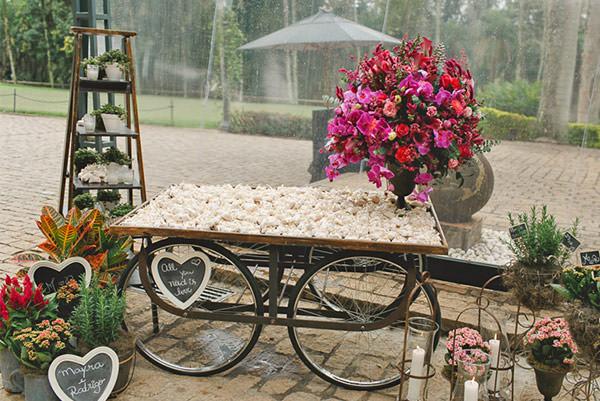 casamento-fazenda-villa-rica-vestido-noiva-danielle-benicio-tiara-miguel-alcade-22