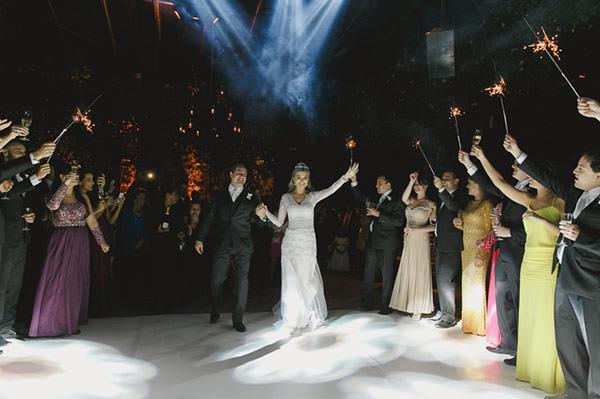 casamento-fazenda-villa-rica-vestido-noiva-danielle-benicio-tiara-miguel-alcade-28